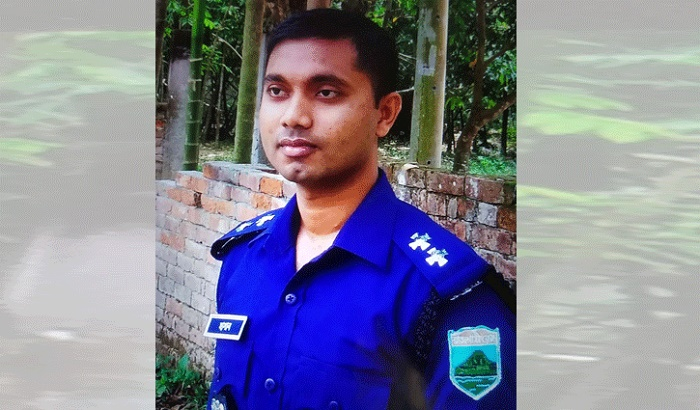 Cop commits suicide in Pabna