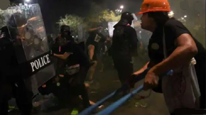 Dozens of Thai protesters injured after rally near king's palace