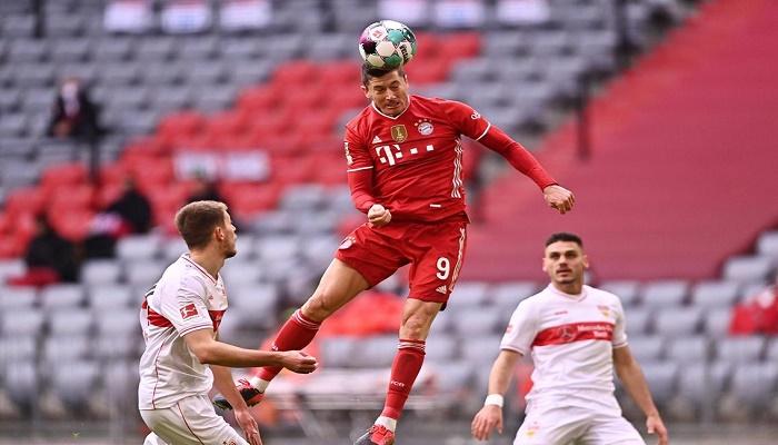 Lewandowski hits hat-trick as 10-man Bayern thrash Stuttgart