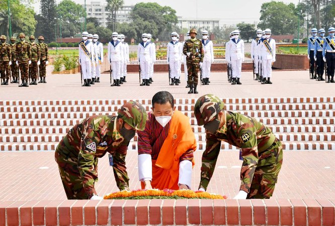 Bhutanese PM Dr Lotay Tshering pays tribute to liberation war heroes at Savar