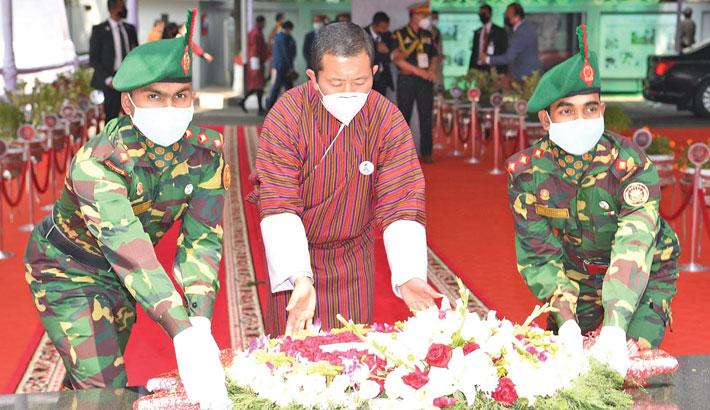Bhutanese PM pays homage to Bangabandhu