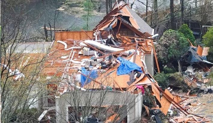 Five killed as tornadoes sweep US's Alabama