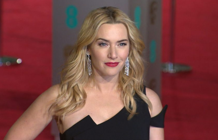 Kate Winslet's same-sex role 'simply a love story'