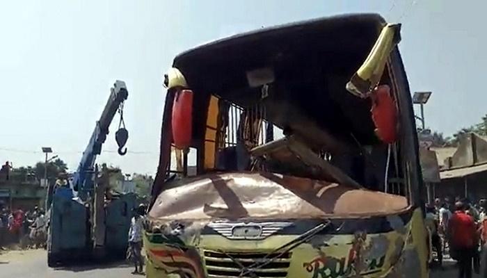 2 killed in Gaibandha road crash