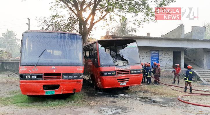 2 BRTC buses torched in Rajshahi