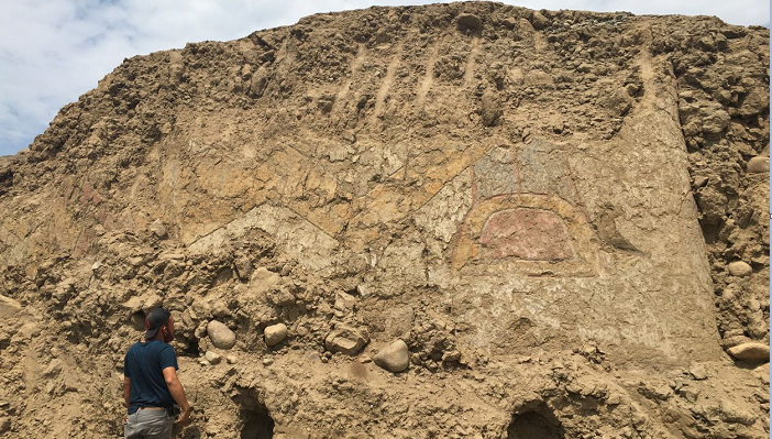 Knife-wielding spider god mural found on ancient Peruvian temple