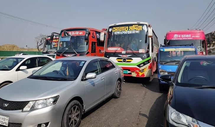 Agitated passengers block airport road in Khilkhet