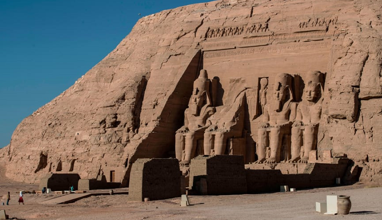 Ancient mummies to parade through streets of Cairo
