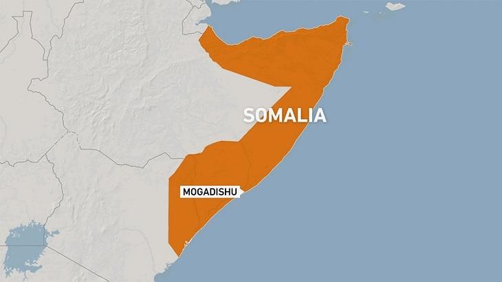 5 killed in suicide bombing at tea shop in Somali capital: police