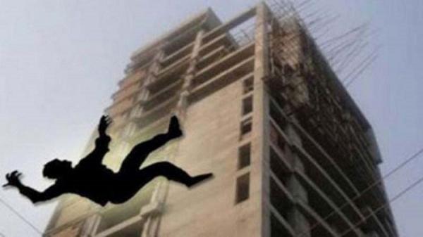 2 workers die after falling from separate buildings in Dhaka