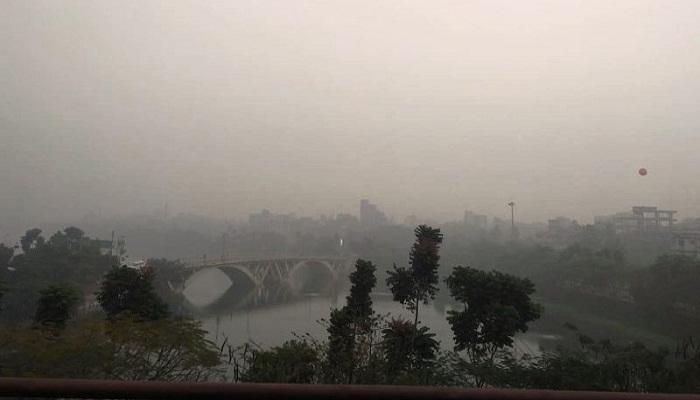 Dhaka's air quality still 'unhealthy' despite rain