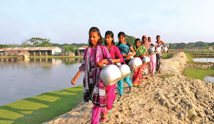 Walking the extra mile for water in coastal Khulna