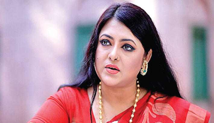 Shahnoor joins Dodul's 'Jamindar Bari'