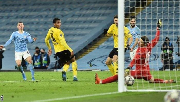 Foden scores late winner as Man City edge Dortmund in first leg