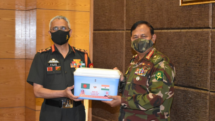 Indian army chief meets his Bangladeshi counterpart, hands over 1 lakh doses of Covid vaccine