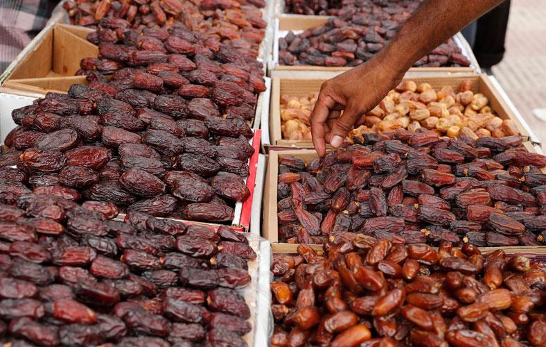 Ramadan: TCB to sell dates at Tk80 per kg from Saturday