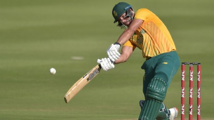South Africa set Pakistan 189 to win first T20