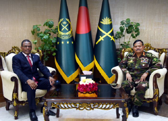 Force commanders of UNMISS and MINUSCA calls on Army chief