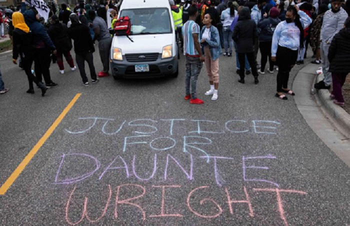 Curfew in Minneapolis after police killing of Black man
