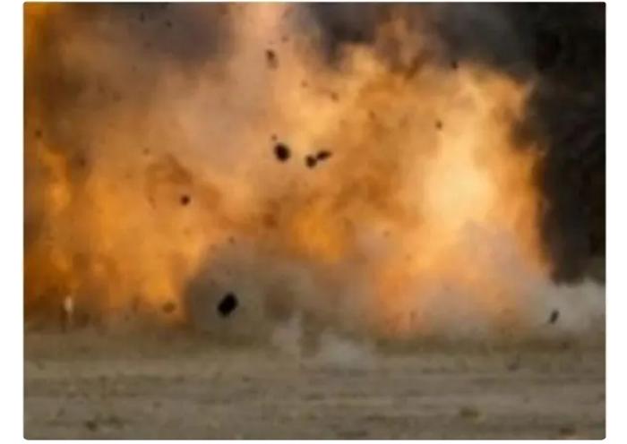 7 injured in blast at football ground in Karachi