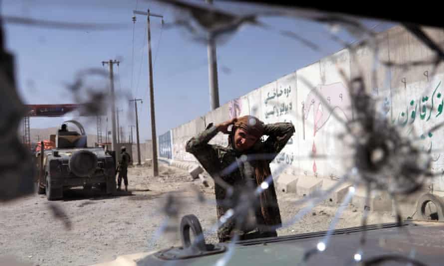 4 civilians killed in improvised bomb blast in S. Afghanistan
