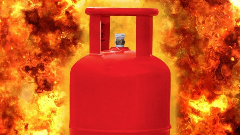 4 burnt in Bogura gas cylinder explosion