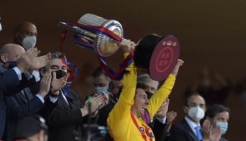 Sensational Messi scores twice as Barca beat Athletic to win Copa del Rey