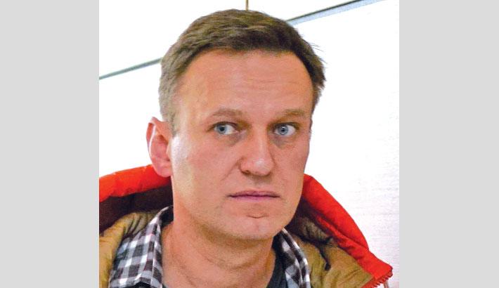 Kremlin critic Navalny may 'die any minute'