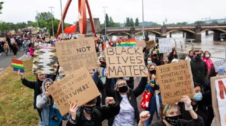 """United Kingdom: UN experts condemn """"reprehensible"""" racism report"""