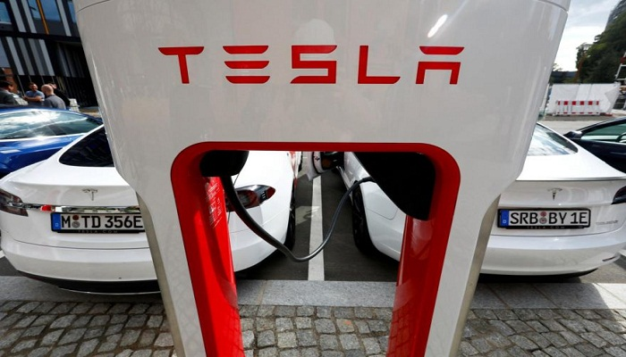 Tesla with 'no driver' in deadly Texas crash: report
