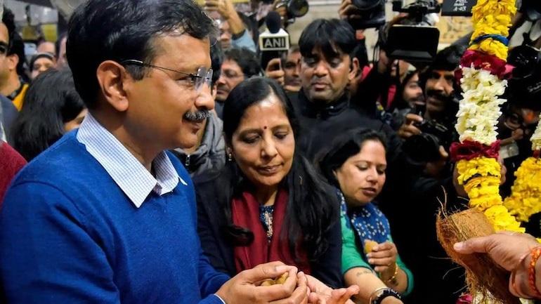 Delhi CM Arvind Kejriwal goes into isolation after wife Sunita