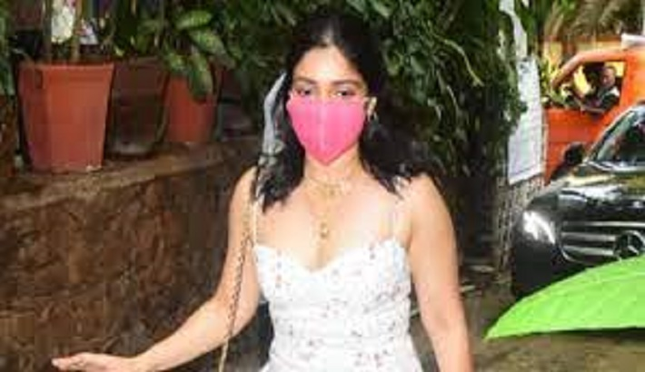 Bhumi Pednekar turns 'COVID warrior', offers help to those in 'genuine need'