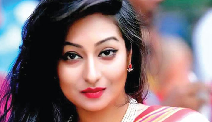 Actress Sorna remanded in forgery case