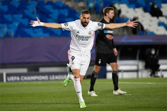 Benzema scores twice as Real Madrid cast aside Cadiz