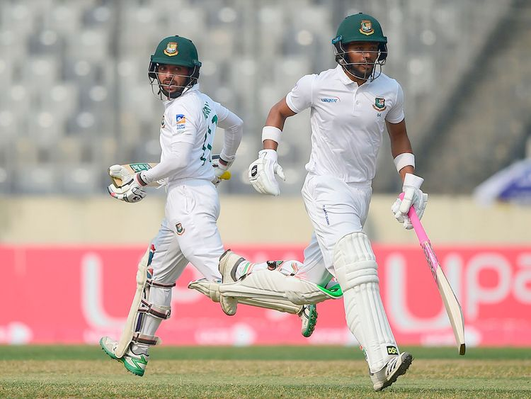 Mominul hits first overseas Test ton, Nazmul crosses 150 as Tigers reach 378/2 at lunch