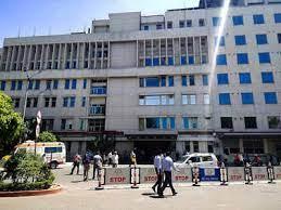 25 die in Delhi hospital due to oxygen shortage