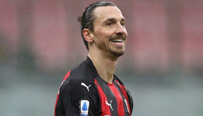 39-year-old Ibrahimovic signs new Milan deal