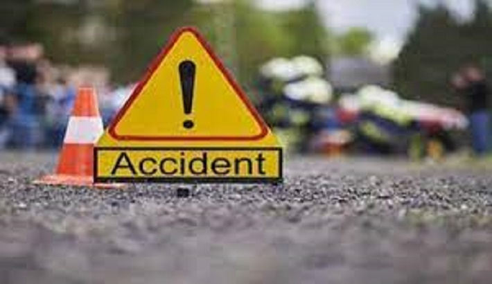 2 motorcyclists killed in Natore road crash