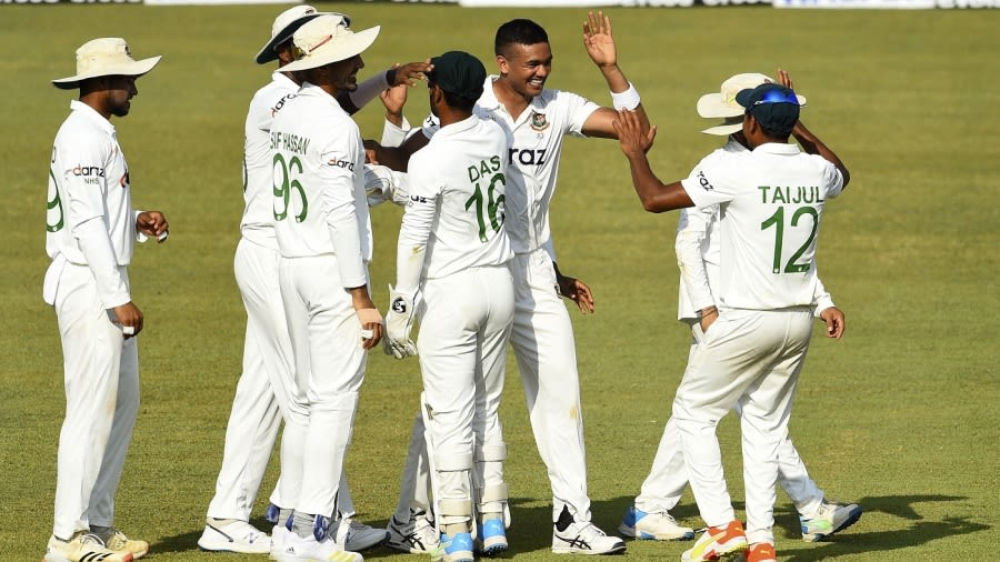 Bangladesh lose early wickets after Sri Lanka declare on 648