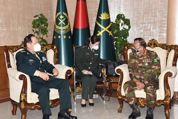 Courtesy call between Chinese Defense Minister and Bangladesh Army Chief