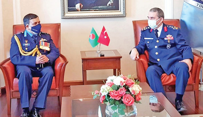 Air Force chief returns home from Turkey