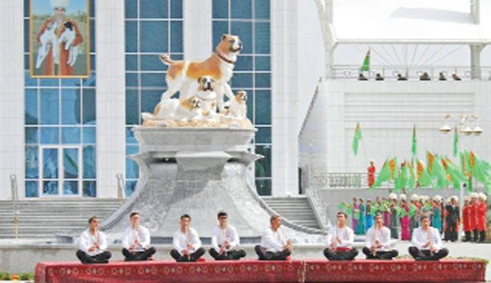 Turkmenistan marks new holiday to honour dog breed