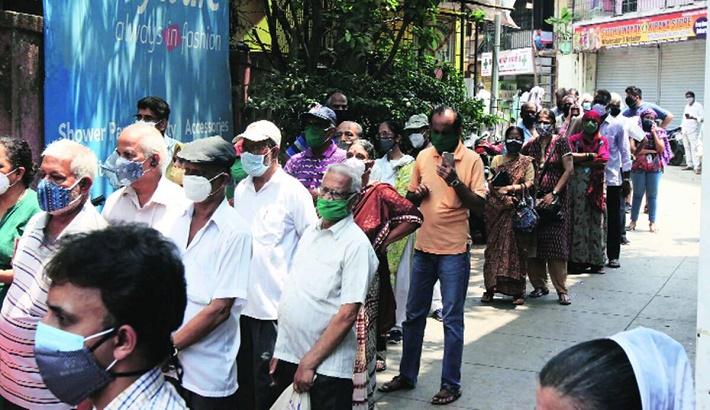 Maharashtra, Assam unlikely to give 18+ the jab from May 1