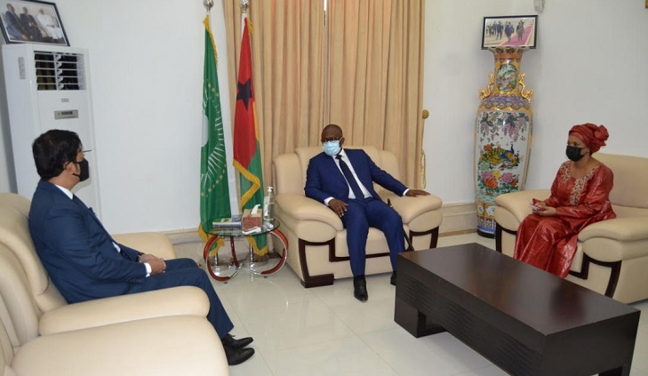 Bangladesh envoy presents credentials to President of Guinea Bissau