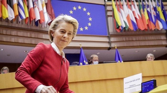 Brexit: European Parliament backs UK trade deal