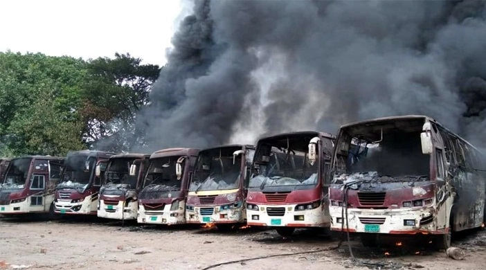 Fire breaks out at Nawabganj's bus stand
