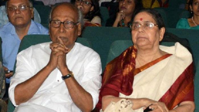 Poet Shankha Ghosh's wife Pratima Ghosh dies of covid-19