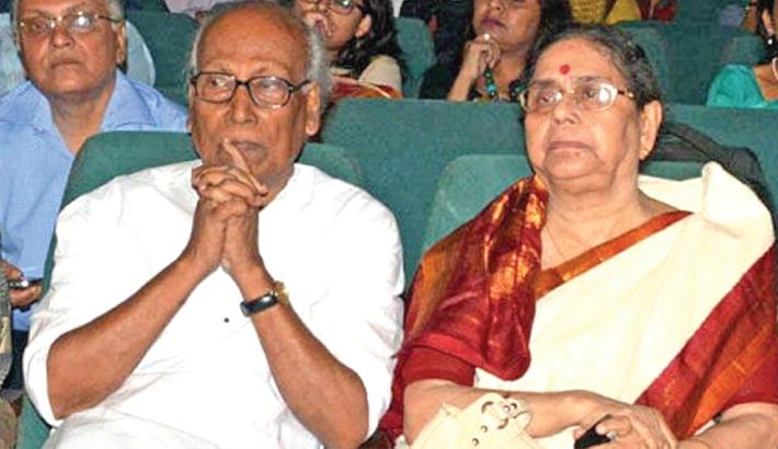 Now Shankha Ghosh's wife Pratima dies