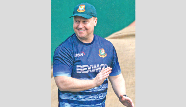 Lewis urges Tigers to learn from opposition's batting