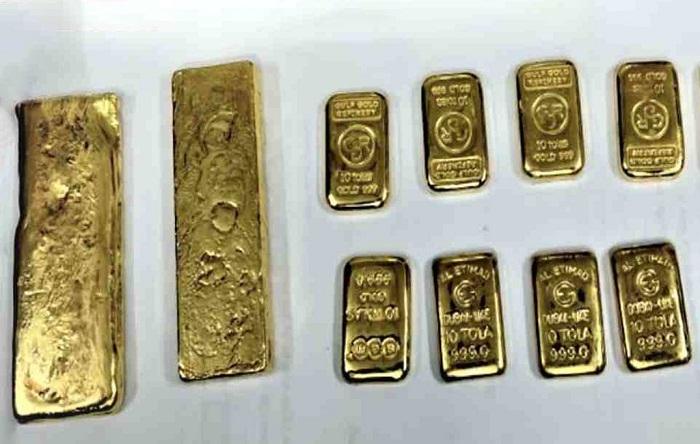 28 gold bars seized at Dhaka airport
